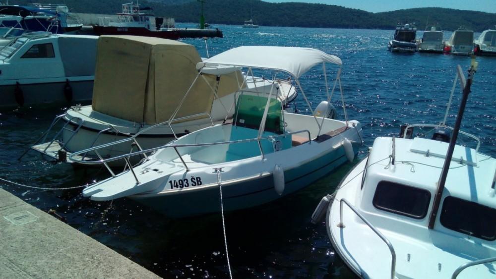 Boat rental Sebenico cheap Elan 17 CC