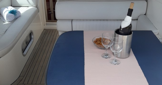 Rent a Seaward SEALINE S28 Split
