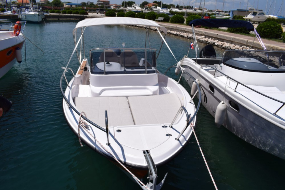 Rental Motor boat Focus Boats with a permit