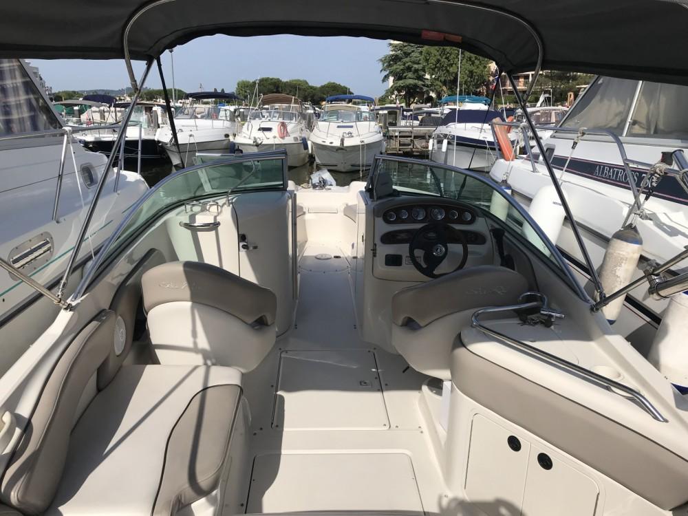 Rental yacht Mandelieu-la-Napoule - Sea Ray Sea Ray 240 Sundeck on SamBoat