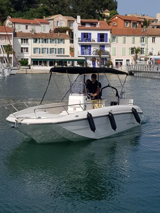 Boat rental Bayliner CC7 in La Seyne-sur-Mer on Samboat