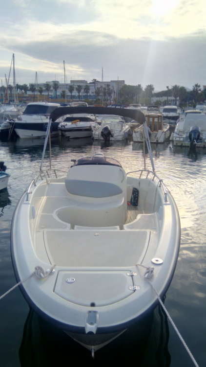 Hire Motor boat with or without skipper Clear Hyères