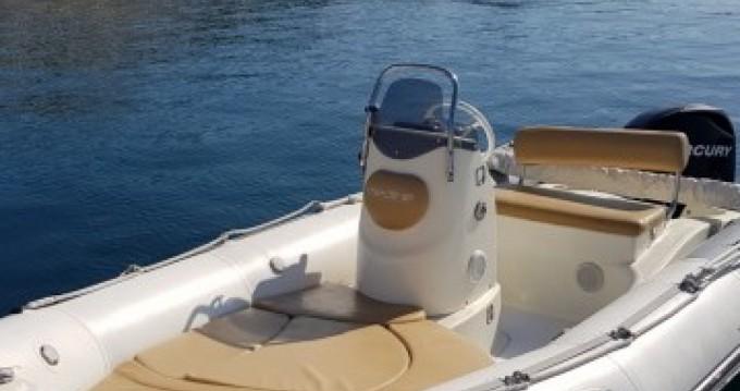 Boat rental Zodiac Medline 500 in Pointe-Rouge on Samboat