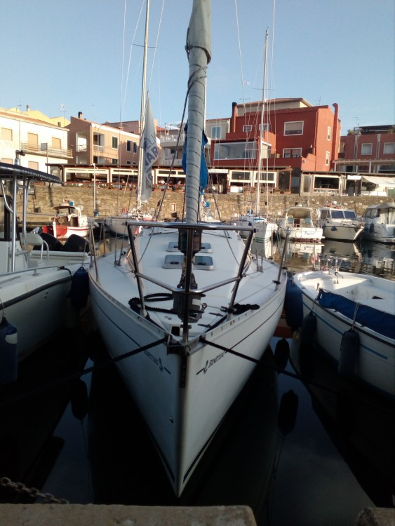 Rental yacht Isthintini/Stintino - Bénéteau First 285 on SamBoat