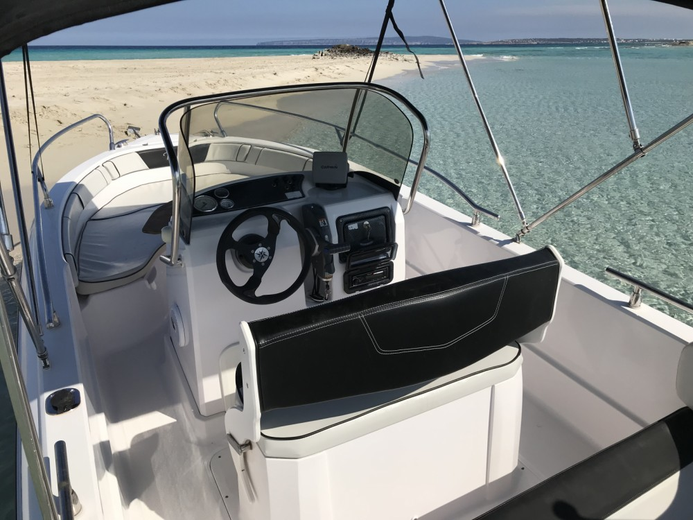 Hire Motor boat with or without skipper Ranieri Ibiza
