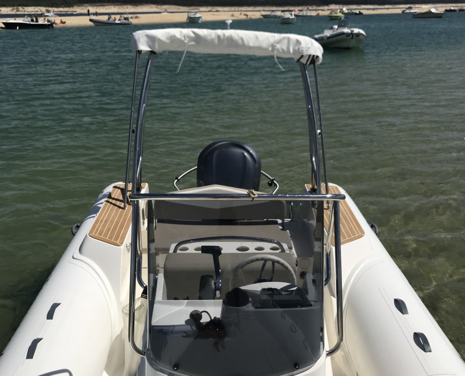 Rental yacht Lège-Cap-Ferret - Capelli Tempest 700 on SamBoat