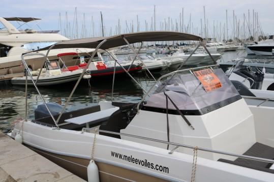 Boat rental Hyères cheap North Shore