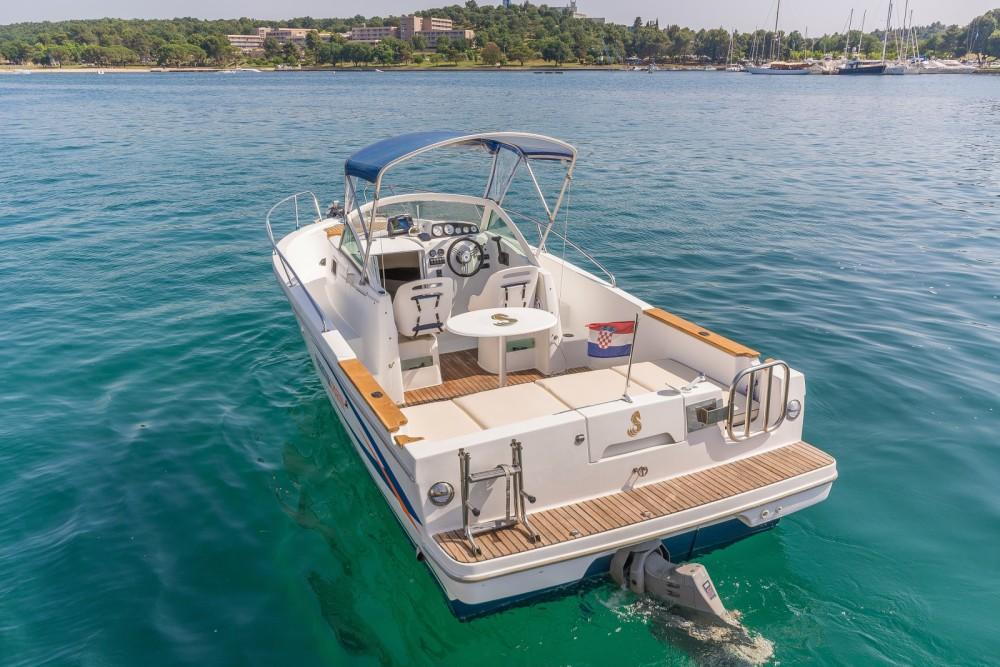 Boat rental Poreč cheap Ombrine 700