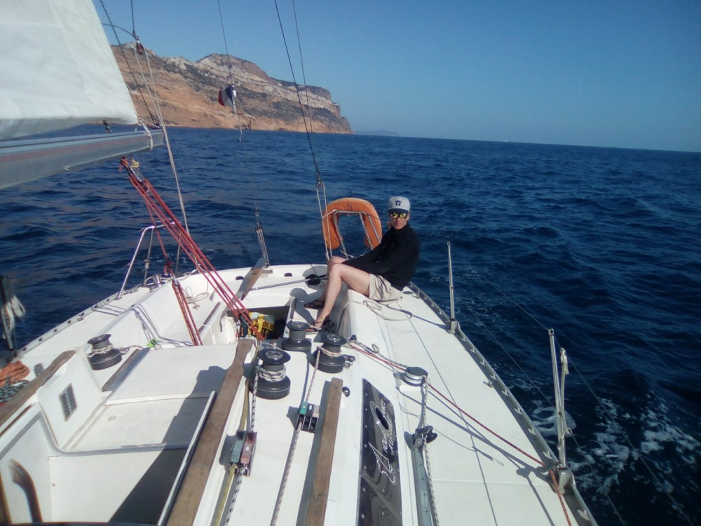 Rental Sailboat in Marseille - Jeanneau Selection 37