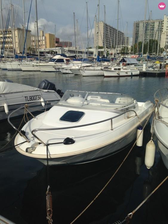 Boat rental Jeanneau Leader 545 in Toulon on Samboat