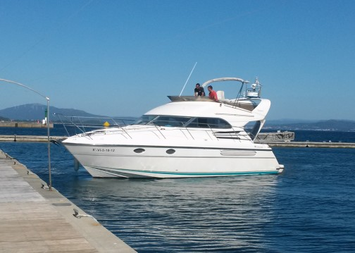 Motorboat for rent Vigo at the best price