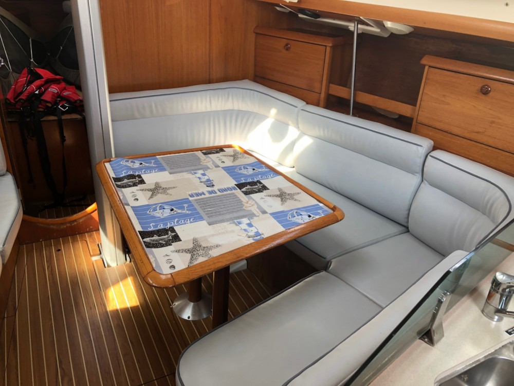 Hire Sailboat with or without skipper Jeanneau Quiberon