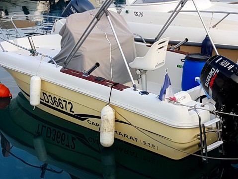 Boat rental Saint-Laurent-du-Var cheap Cap Camarat 515