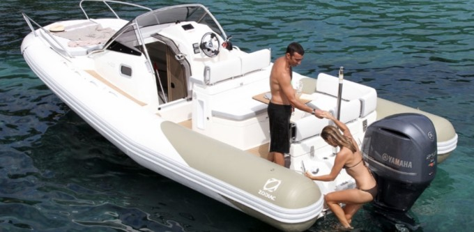 Hire RIB with or without skipper Zodiac Collioure