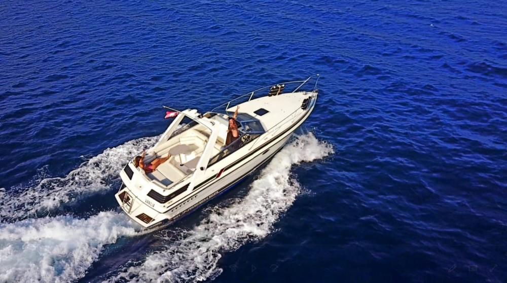 Rental yacht Mandelieu-la-Napoule - Sunseeker Portofino 31 on SamBoat
