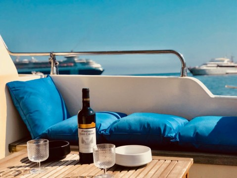 Rental yacht Villefranche-sur-Mer - Gianetti 38 FLY on SamBoat