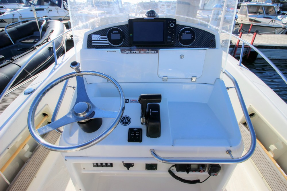 Rental Motor boat in Bangor - White Shark White Shark 205