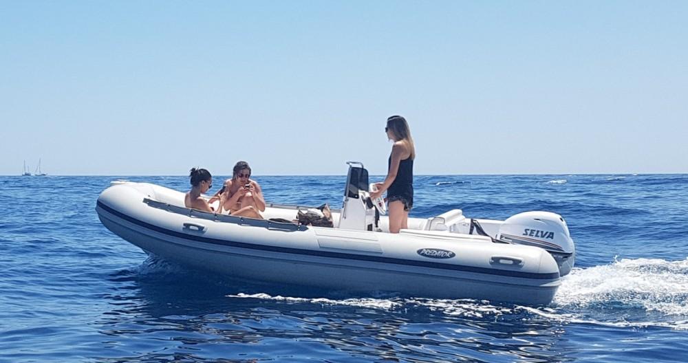 Boat rental Palamós cheap Predator 4.9