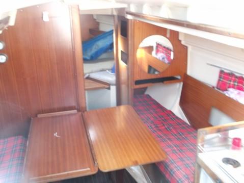 Rental Sailboat in Conjux - Dufour Dufour 27