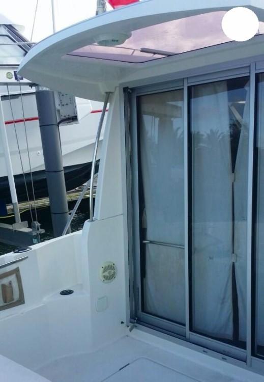 Rental Motor boat in Pointe-à-Pitre - Jeanneau Merry Fisher 645