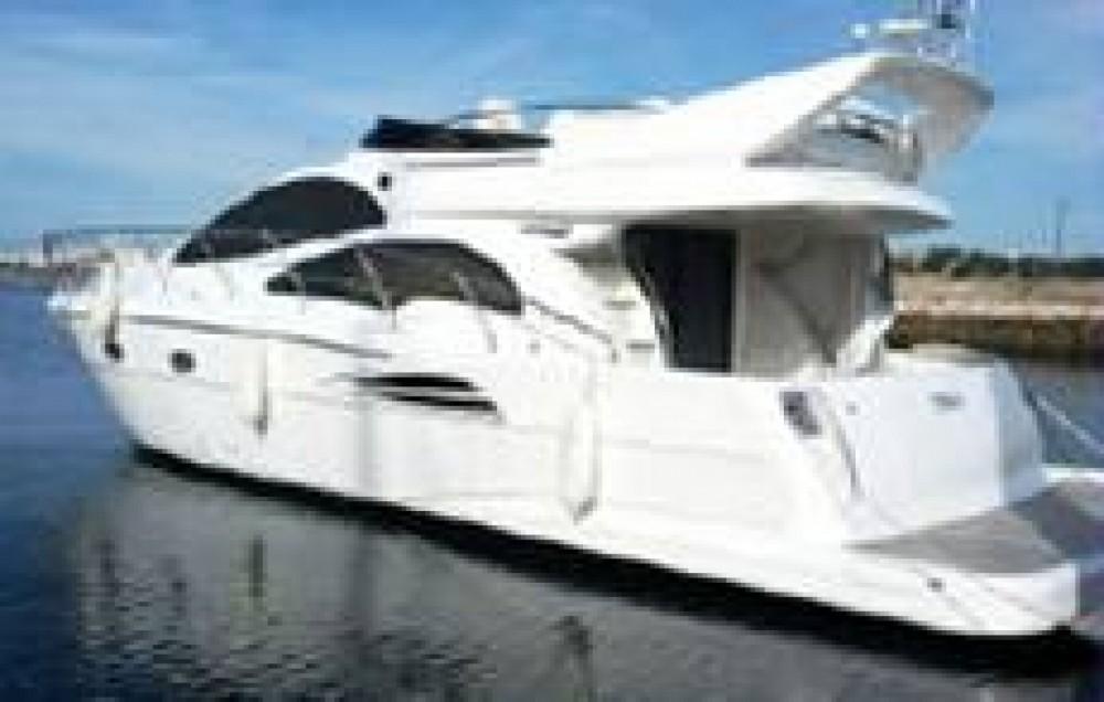 Boat rental Astondoa 43' Fly in Balearische Inseln on Samboat