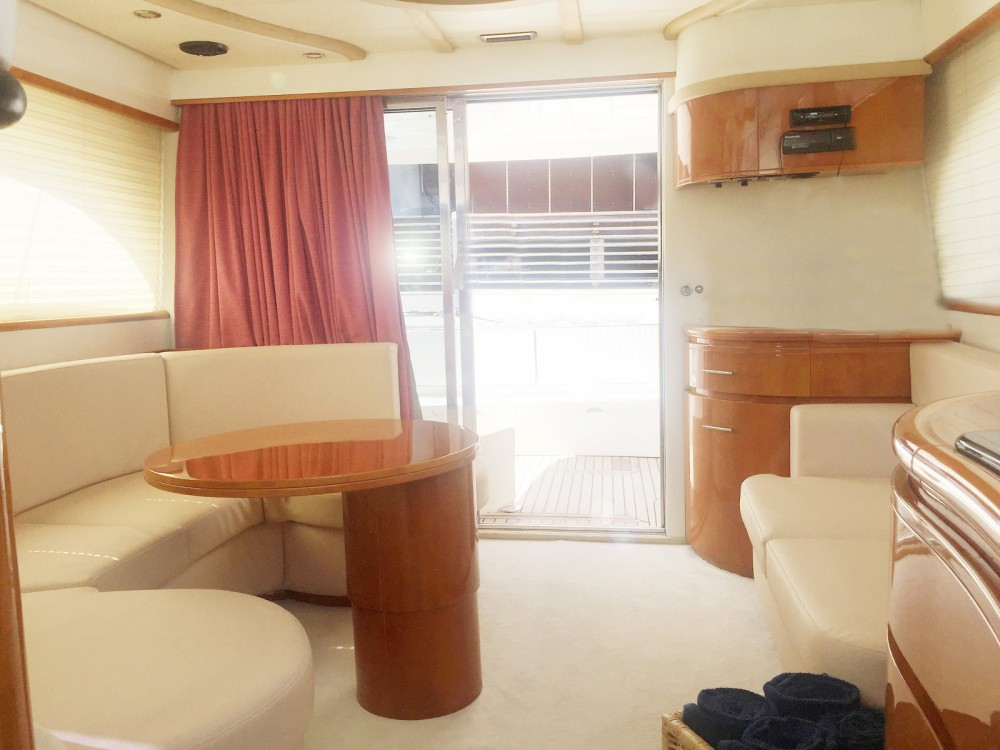 Astondoa 43' Fly between personal and professional Balearische Inseln