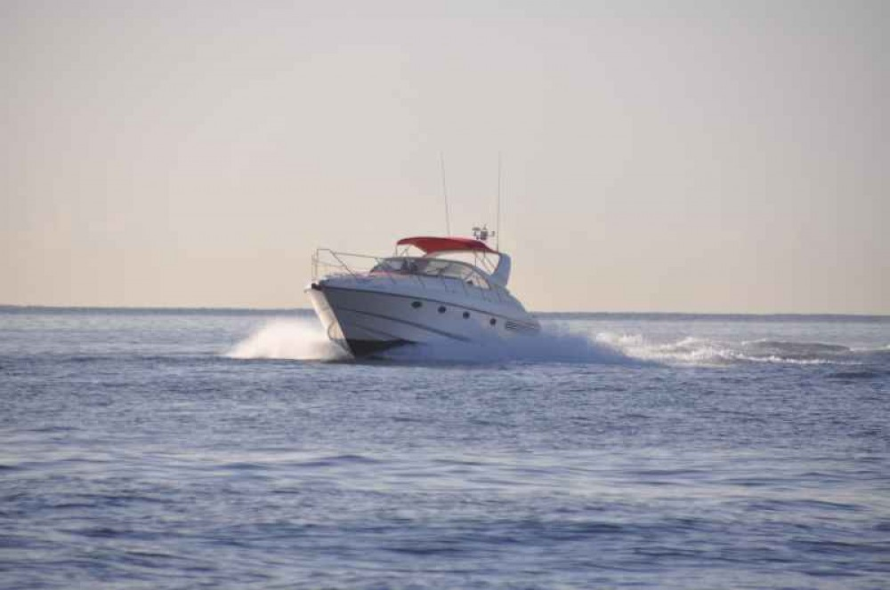 Hire Motor boat with or without skipper Fairline Calvià