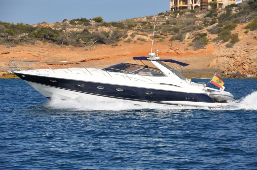Hire Motor boat with or without skipper Sunseeker Balearic Islands
