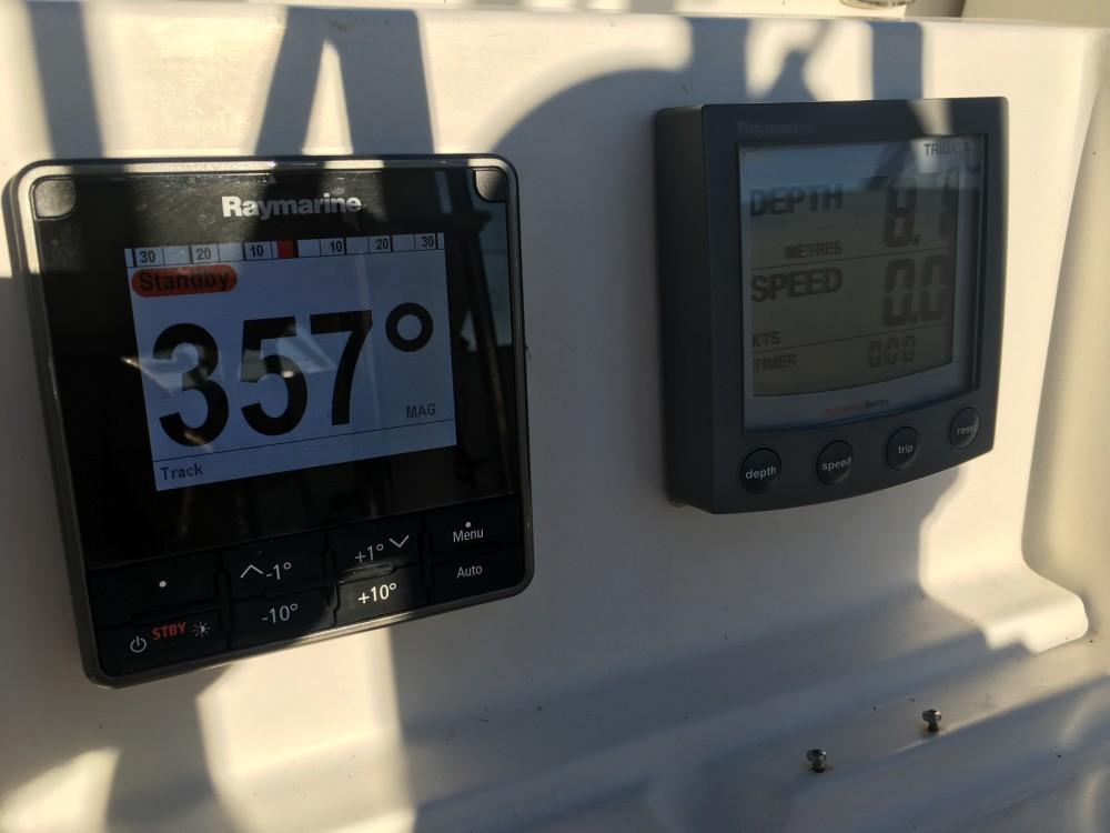 Rental Sailboat in Saint-Mandrier-sur-Mer - Jeanneau Sun Odyssey 44