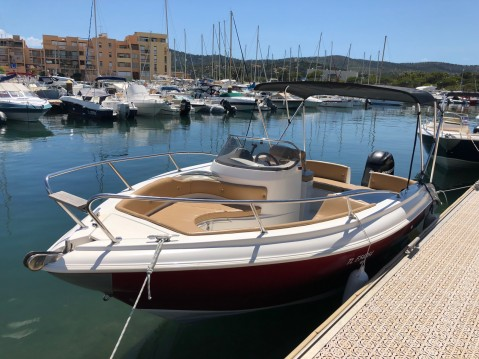 As Marine AS 590 OPEN between personal and professional Bormes-les-Mimosas