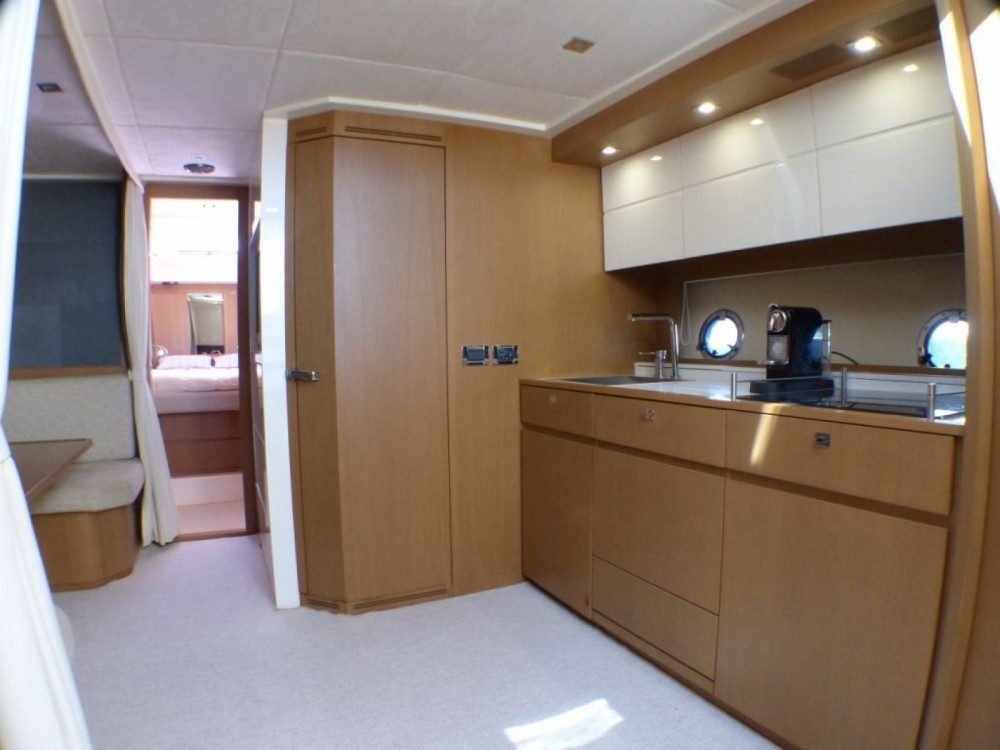 Rental yacht Cogolin - Azimut Atlantis 58 on SamBoat