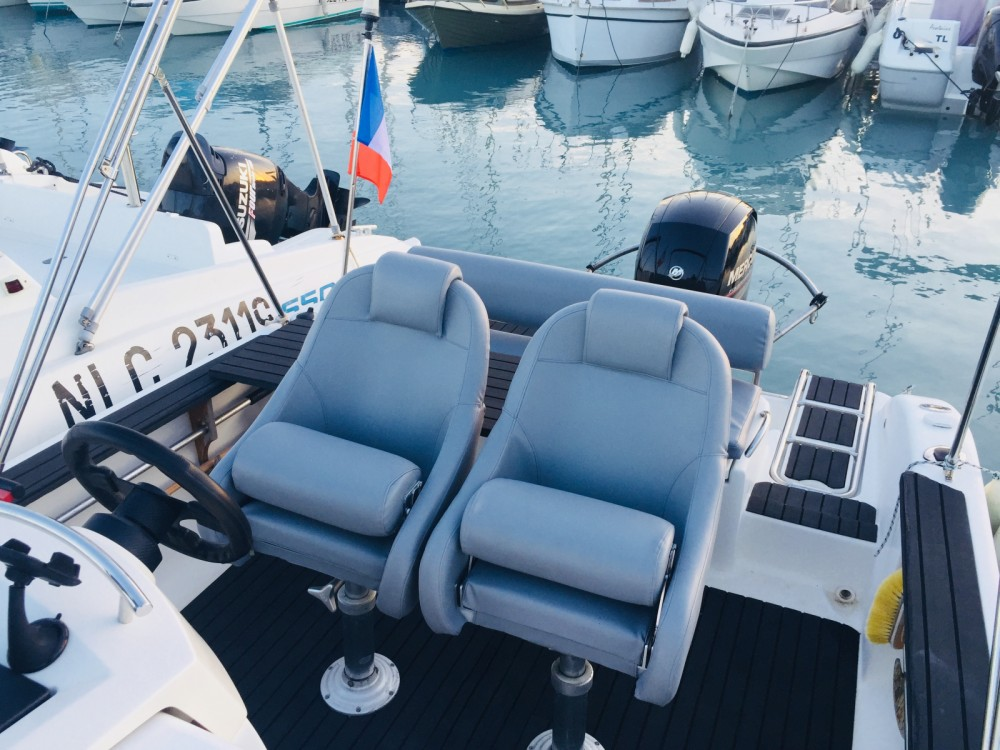 Rental Motor boat in Saint-Laurent-du-Var - Sessa Marine Key Largo 22