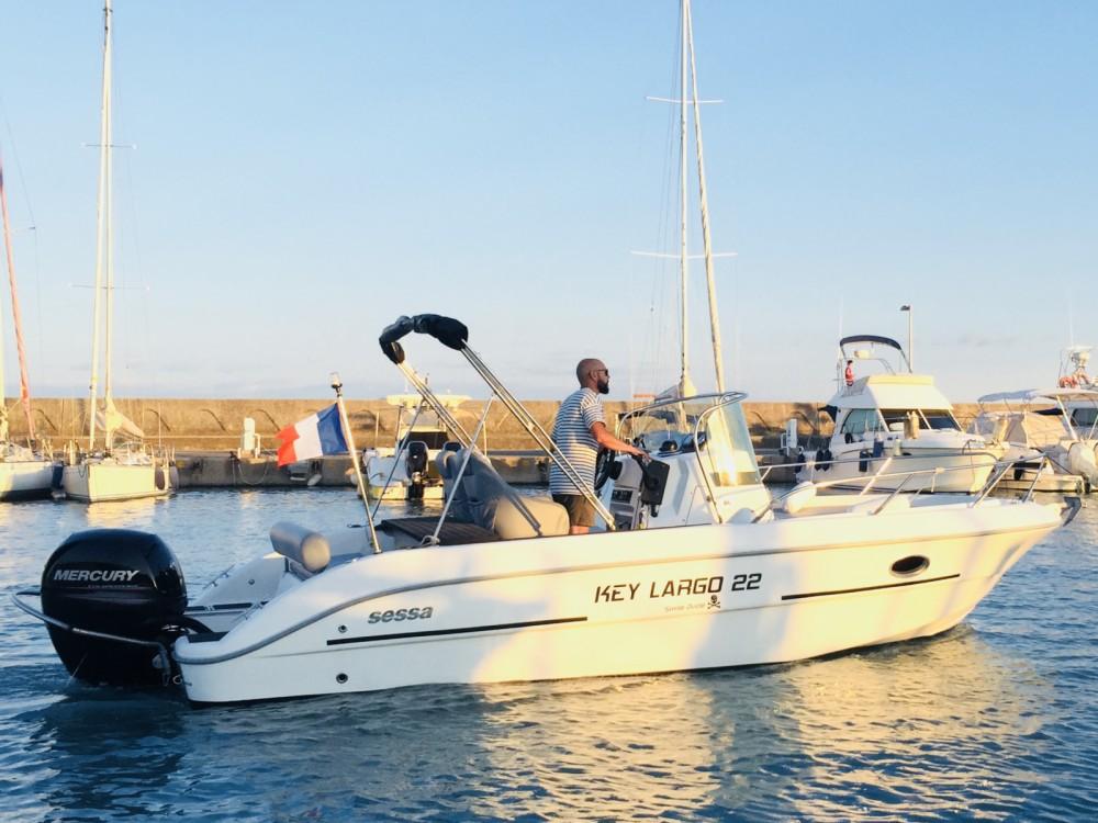 Rental yacht Saint-Laurent-du-Var - Sessa Marine Key Largo 22 on SamBoat