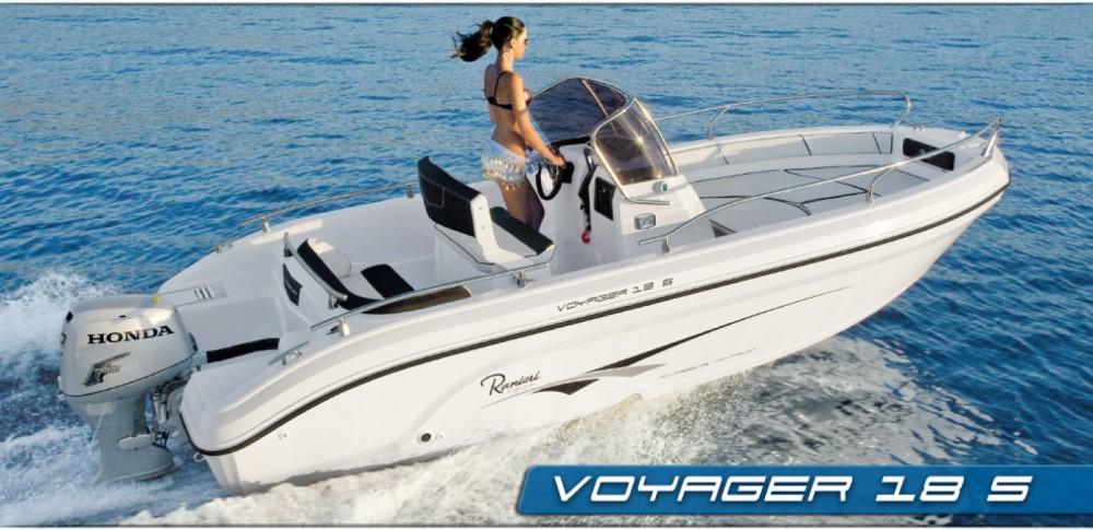 Boat rental Ranieri Voyager 18 S in Fréjus on Samboat
