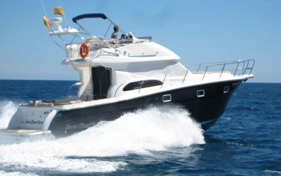 Rental Motorboat Altair with a permit