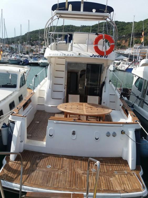 Boat rental  cheap Zafir 42
