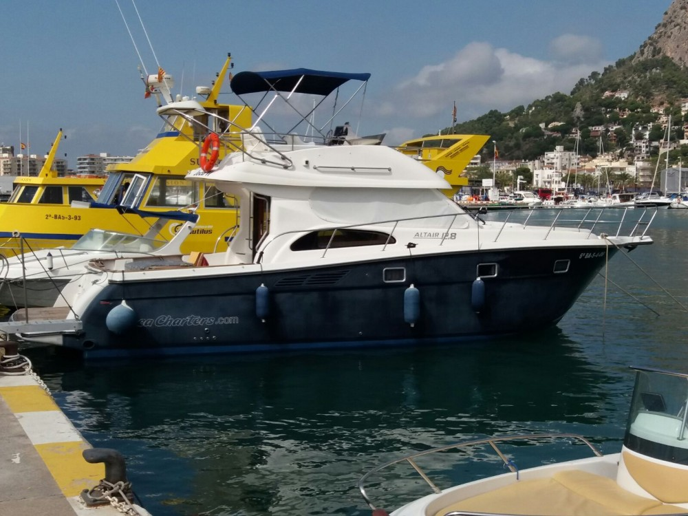 Hire Motorboat with or without skipper Altair