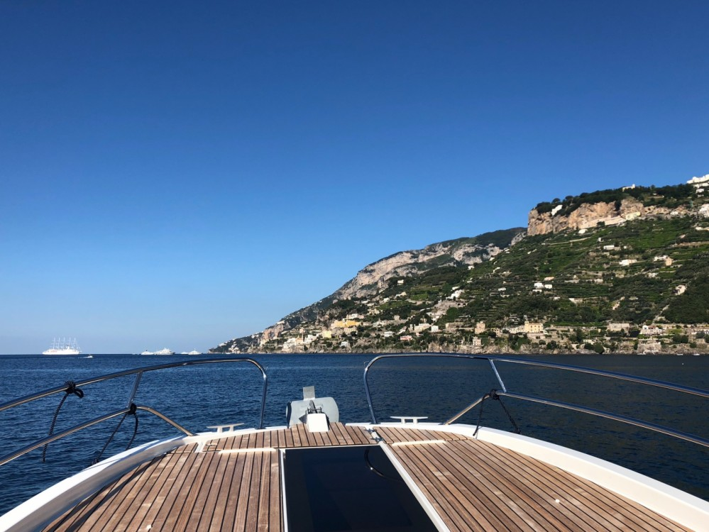 Hire Motor boat with or without skipper Lilan Amalfi