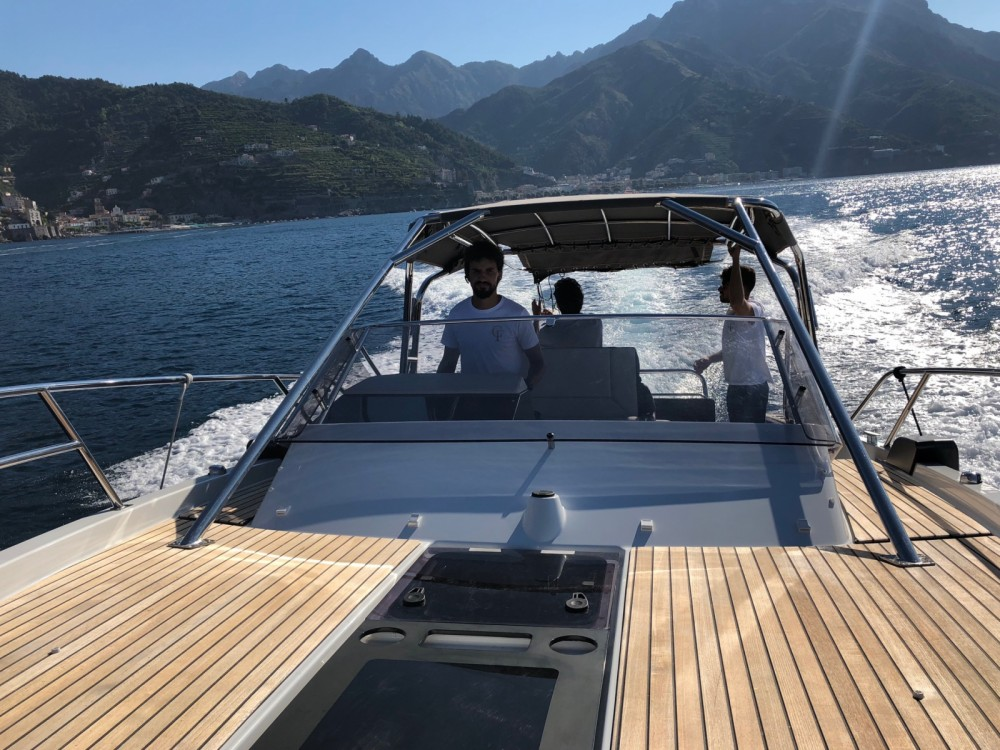 Rental Motor boat Lilan with a permit