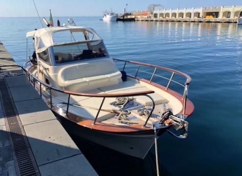 Rental yacht Sorrento - Fratelli Aprea Sorrento 7,50 Semi Cabinato on SamBoat