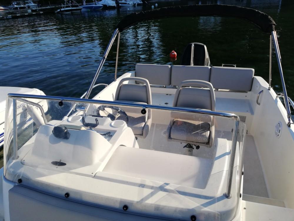 Rental yacht Excenevex - Quicksilver Activ 675 Sundeck on SamBoat