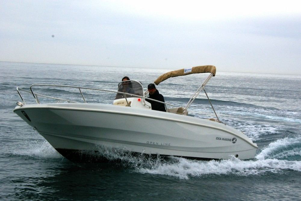Hire Motor boat with or without skipper Idea Marine Bordighera