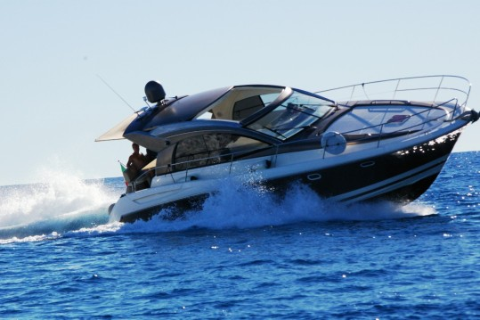 Boat rental Jeanneau Prestige 42 S in Bordighera on Samboat