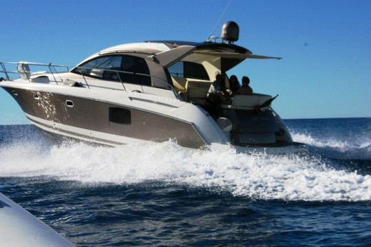 Rental Motorboat in Bordighera - Jeanneau Prestige 42 S