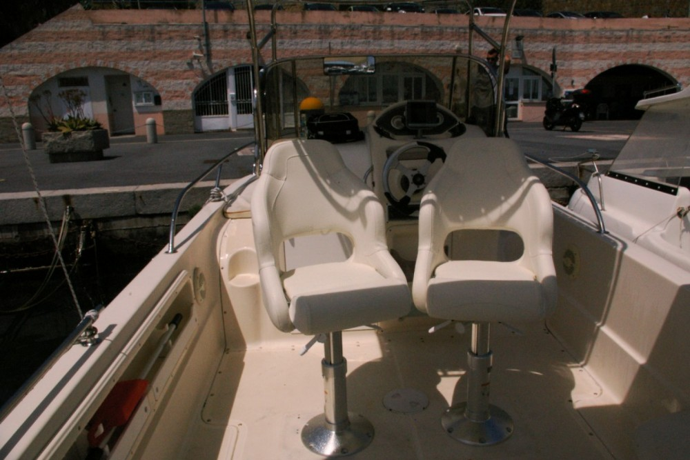 Motor boat for rent Bordighera at the best price