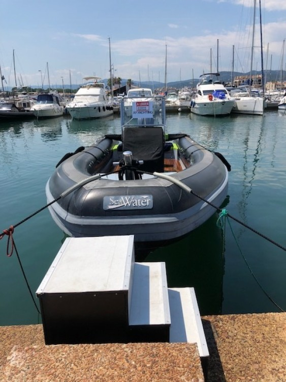 Sea Water Seawater 300 between personal and professional Cogolin