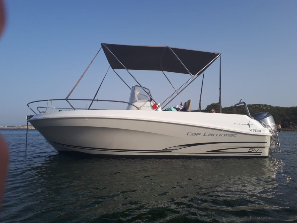 Jeanneau Cap Camarat 5.5 CC Serie 2 between personal and professional Ciutadella