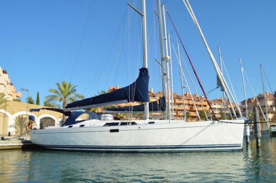 Hire Sailboat with or without skipper Hanse Sotogrande