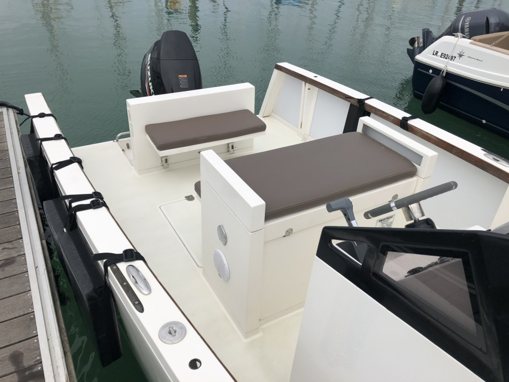 Boat rental Smarboat Smartboat 23 in La Rochelle on Samboat