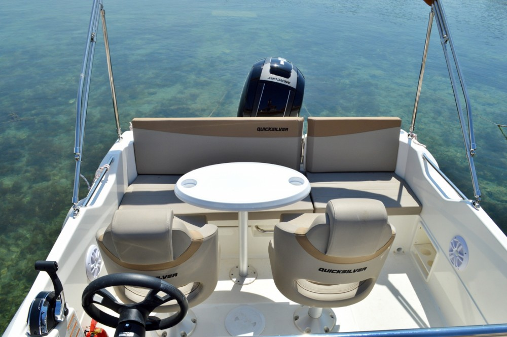 Hire Motor boat with or without skipper Quicksilver Betina